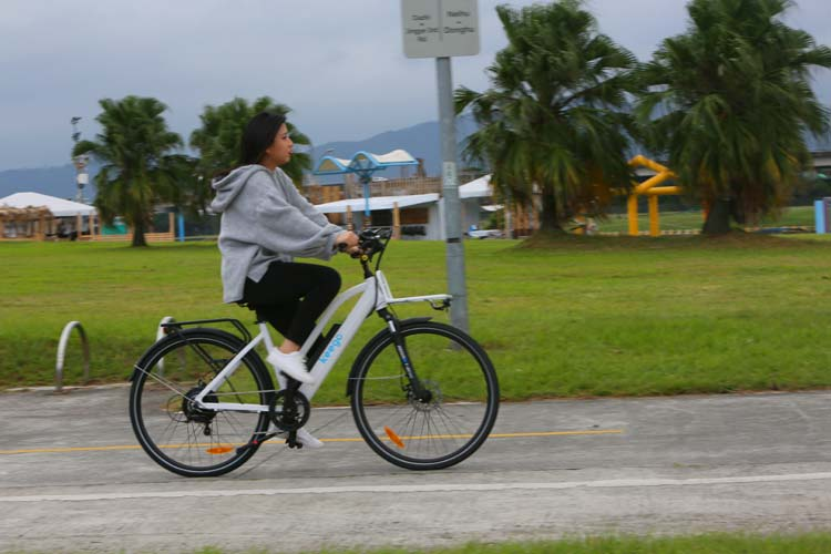 Fun To Ride Ebikes In Beautiful Riverpark